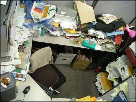 270_messy-office-01_270x203
